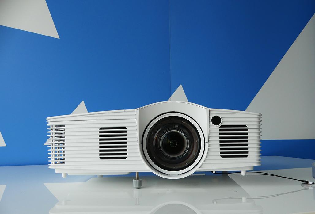 Optoma GT1080Darbee beamer
