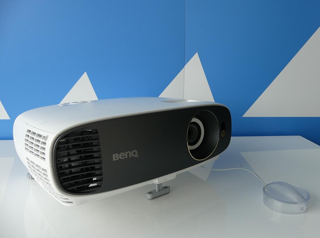 BenQ W1700 4K HDR beamer