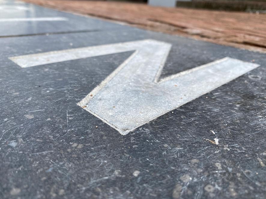 Infra project TeBi Bestratingsmaterialen Symbooltegels in authentiek straatwerk
