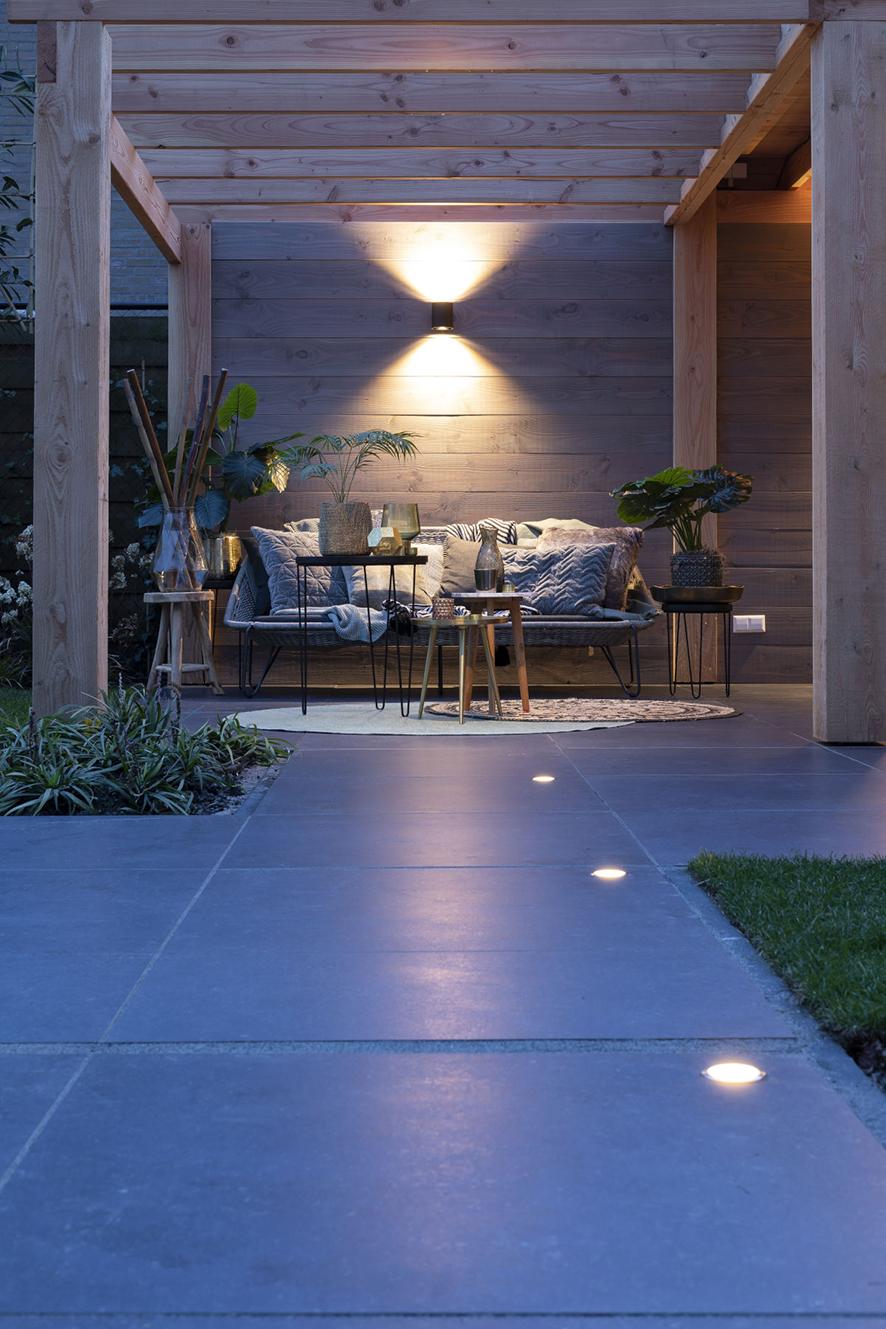 Tuinverlichting van In-Lite op jouw terras of in jouw overkapping
